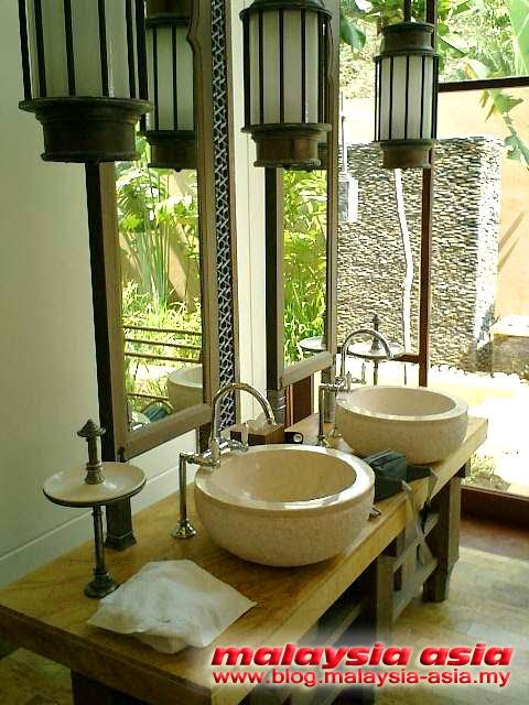 Bathroom of Four Seasons Langkawi