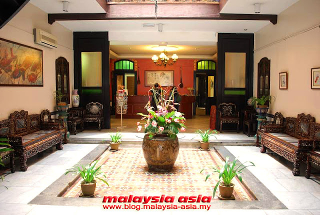 Lobby of Hotel Puri in Melaka
