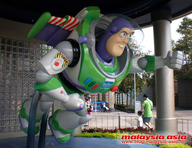 Hong Kong Disneyland Buzz Lightyear