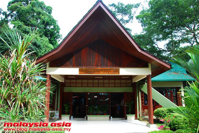 Restaurant at Sepilok Orangutan Rehabilitation Center