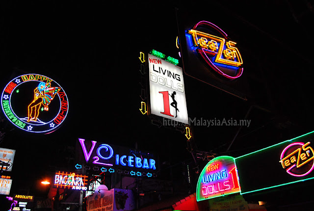 Walking Street Neon Signs in Pattaya