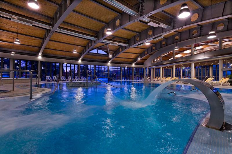 Esplogirando Hotel piscina termale PETRARCA  Montegrotto Terme
