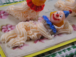 Wilton Cake Decorating Classes Nz : The Cookhouse on Dresden Row: Wilton Cake Decorating ...