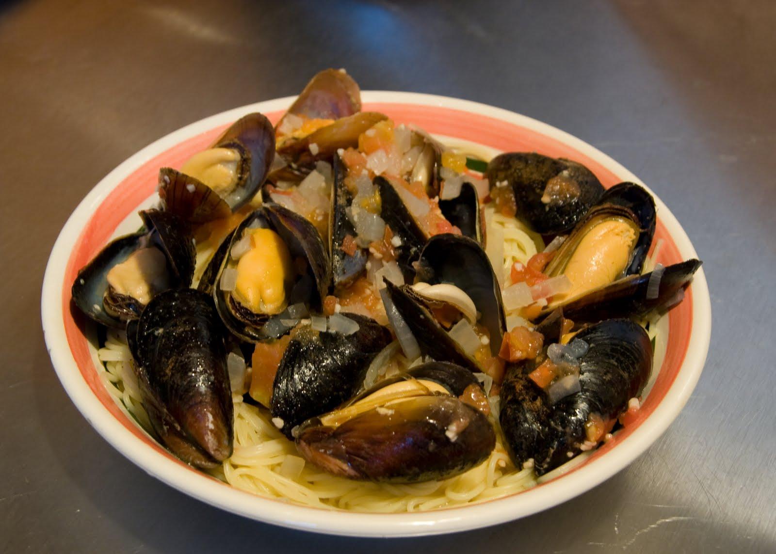 And Pasta Mussels Recipe Garlic White Wine