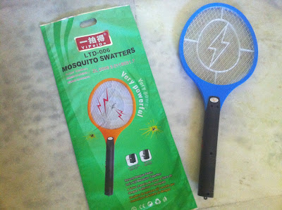 Indian electric mosquito swatter bat zapper
