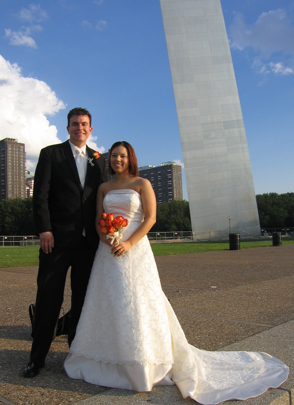 St Louis Gateway Arch Wedding Kelly And James