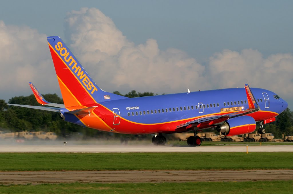 ad72de0cf6 Southwest Airlines 737-7H4 (36662 3296) N948WN rotates from Rwy 18 at  Oshkosh (OSH KOSH) after spreading the