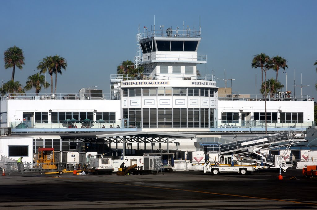 New Parking Garage At Long Beach Airport On Schedule To Open 3 Months Earlier Than Planned