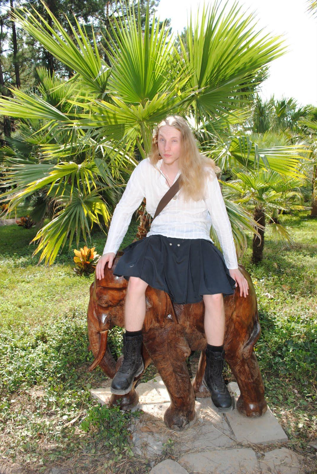 Plan Interracial Torride Avec Une Cougar Blonde