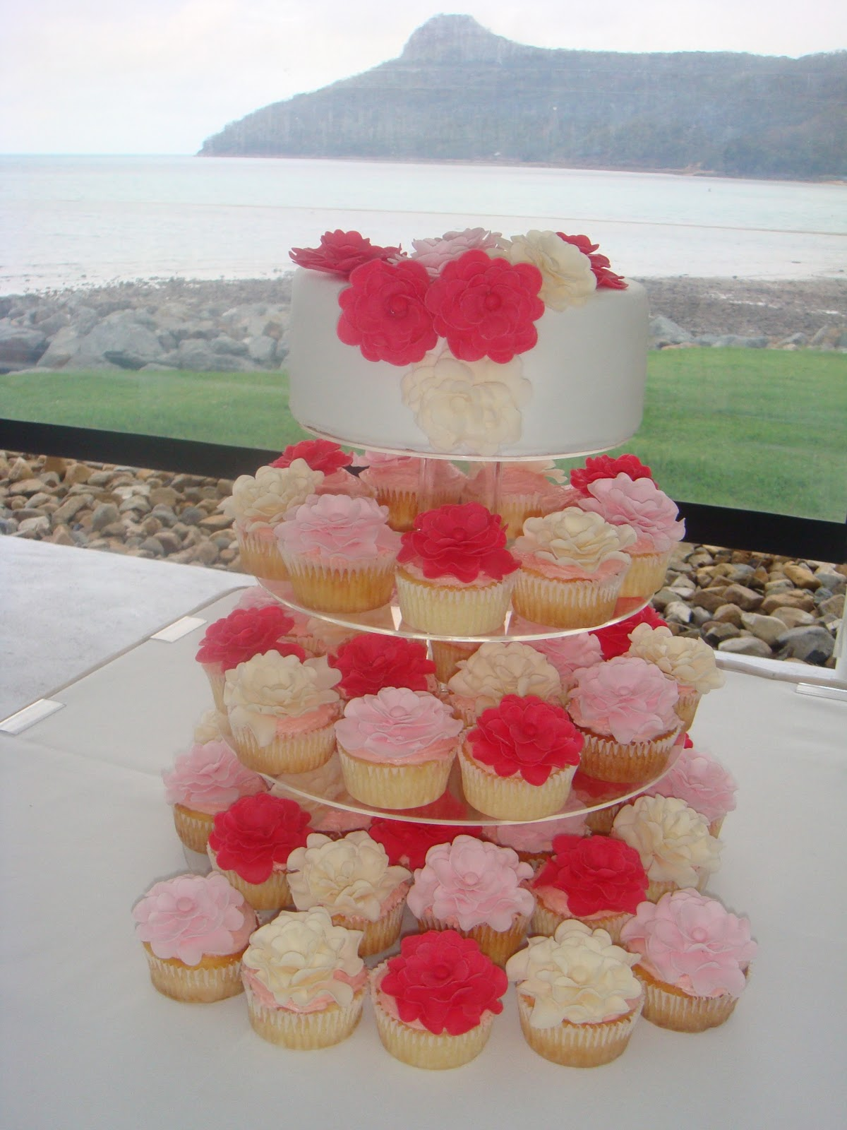 My Little Cake Room Ruffled Flower Cupcake Stack
