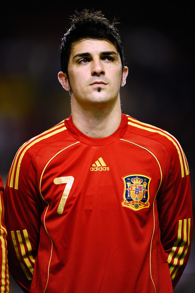 Kelly Broke Wallpapers: david villa soccer players