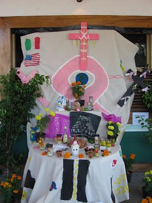 English Maestra: El Dia de Los Muertos---Chicago Version