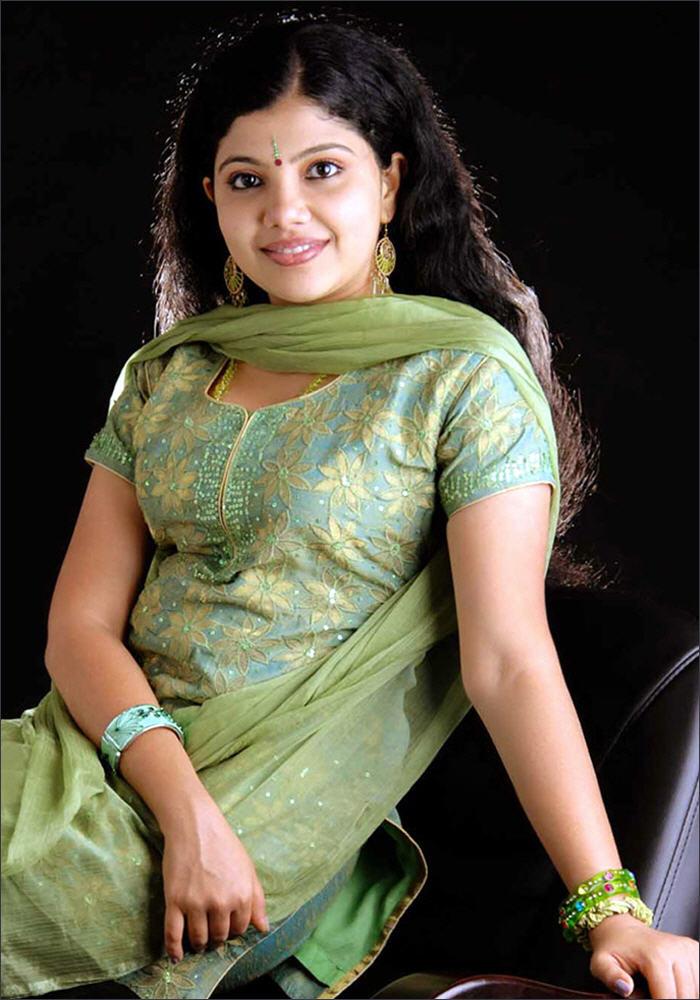 Hot Masala Aunty Krupa Hot Pics  Telugu Cinema Stills-1168