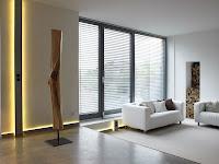 malassise communication goulotte et plinthe lectrique design en aluminium. Black Bedroom Furniture Sets. Home Design Ideas