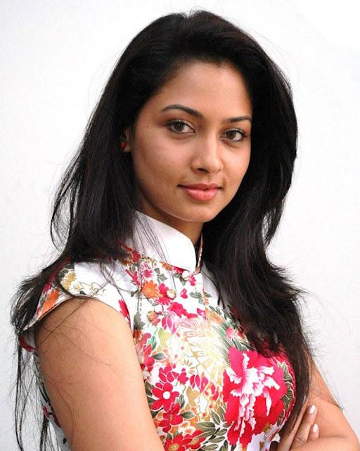 Actress pooja sexy