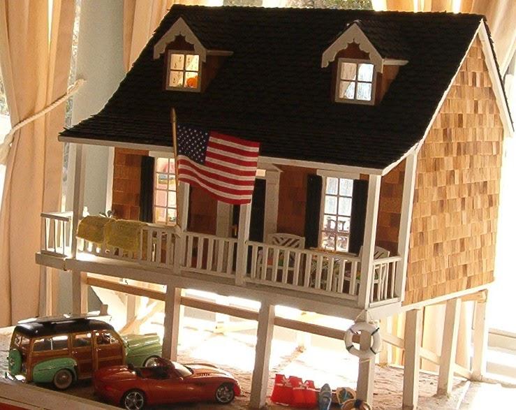 Club Little House June Beach Dollhouse Adventures