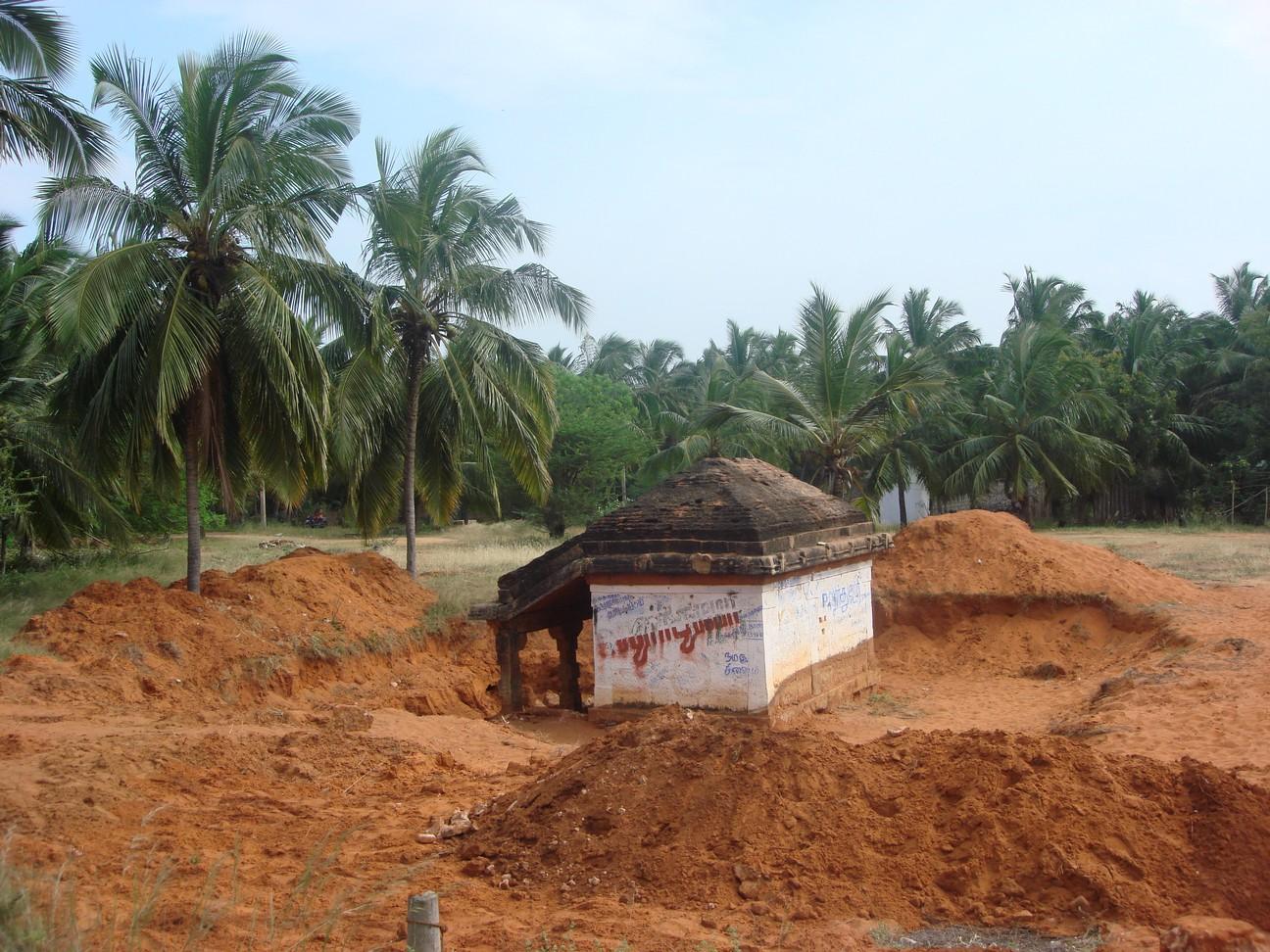 Naanjil: Salai Road 1