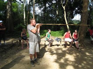 taman negara tribe blowgun