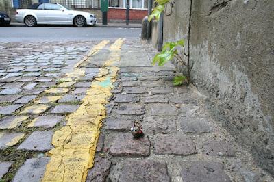 http://bp2.blogger.com/_sn46FqbBIu8/SDBDhtO6jyI/AAAAAAAAApg/Skjsa7STxZ4/s400/snail+bus+2+-+blog.jpg