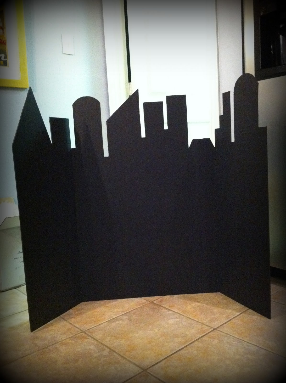 Diy City Skyline For Super Heroes Party Oh My Fiesta