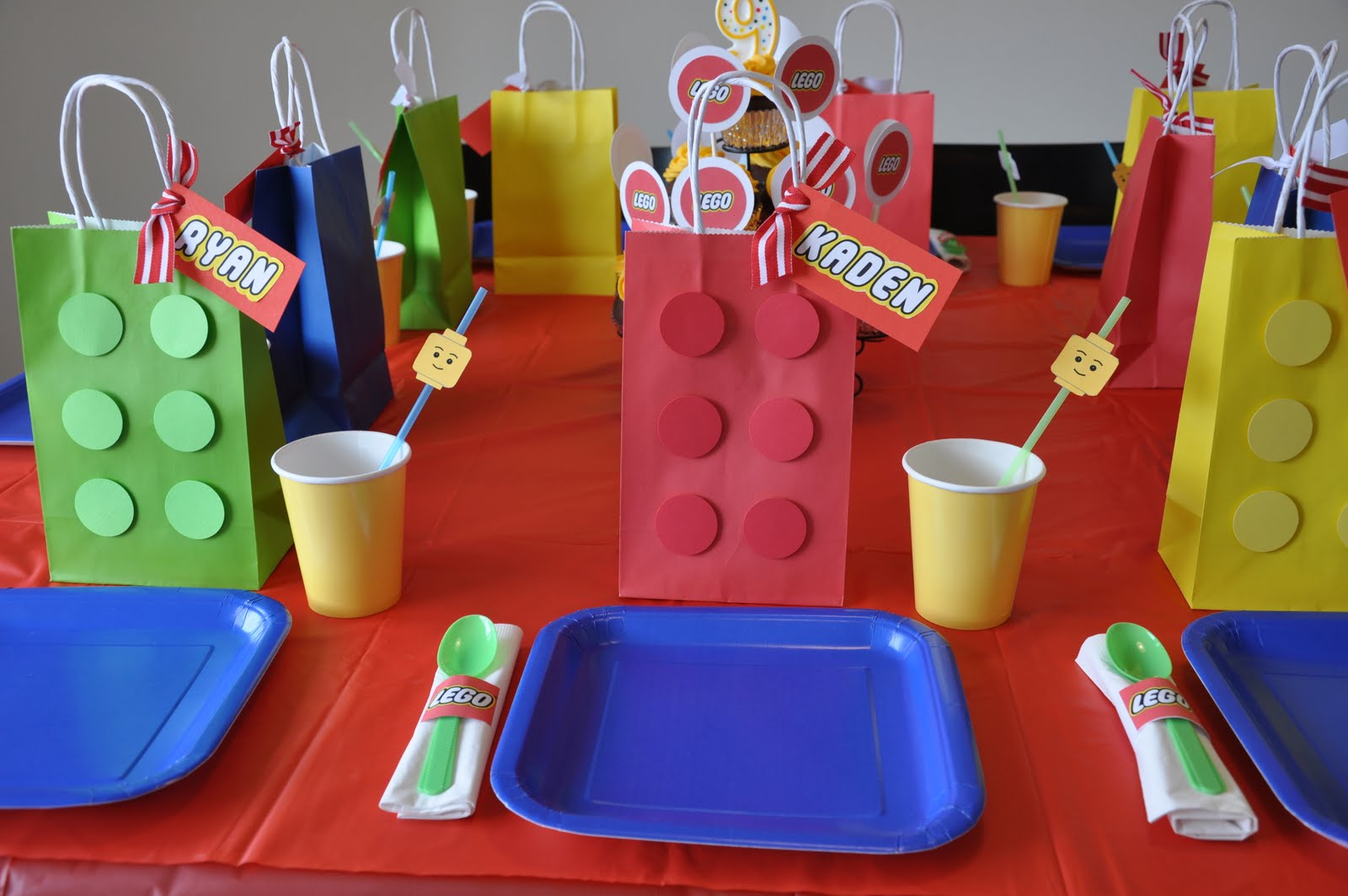 A Lego Themed Birthday Party