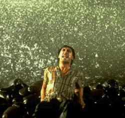 Javier Bardem no papel de Reinaldo Arenas em «Antes que anoiteça»