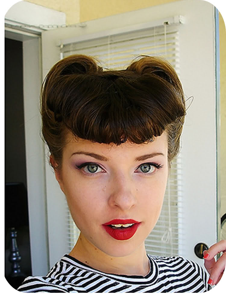 Sarah Smiles: Victory Rolls... Vintage Hair Tutorial Part 4