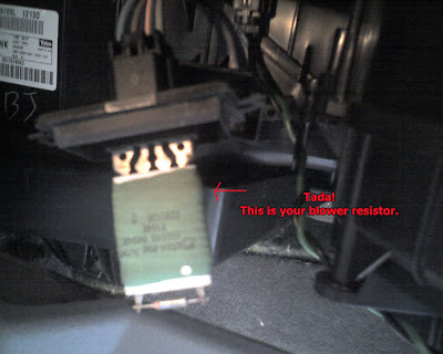 09 how to repair a jeep gc heater resistor how to repair jeep grand Jeep Cherokee Wiring Harness at gsmx.co