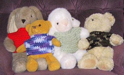 Stuffed toy hammock crochet pattern