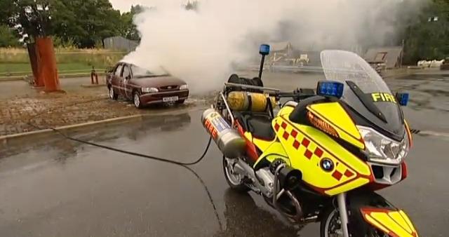 UKBike com: A Motorbike Fire Engine!