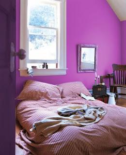Sens interieur le violet la couleur de l 39 ann e for Chambre a coucher mauve et gris