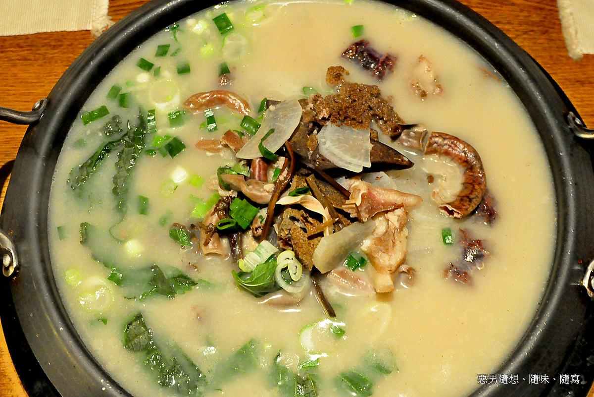 公子飯堂: 一試難忘的韓國血腸鍋~名家韓國餐廳
