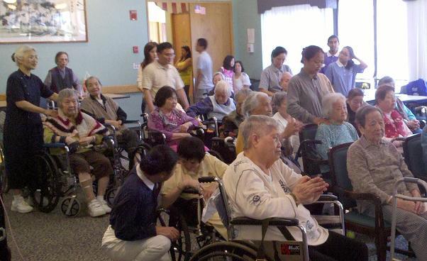 慈濟波士頓活動看板 - Tzu Chi Boston Bulletin Board: 初次探訪波士頓的老人院 My First Nursing Home Visit in Boston