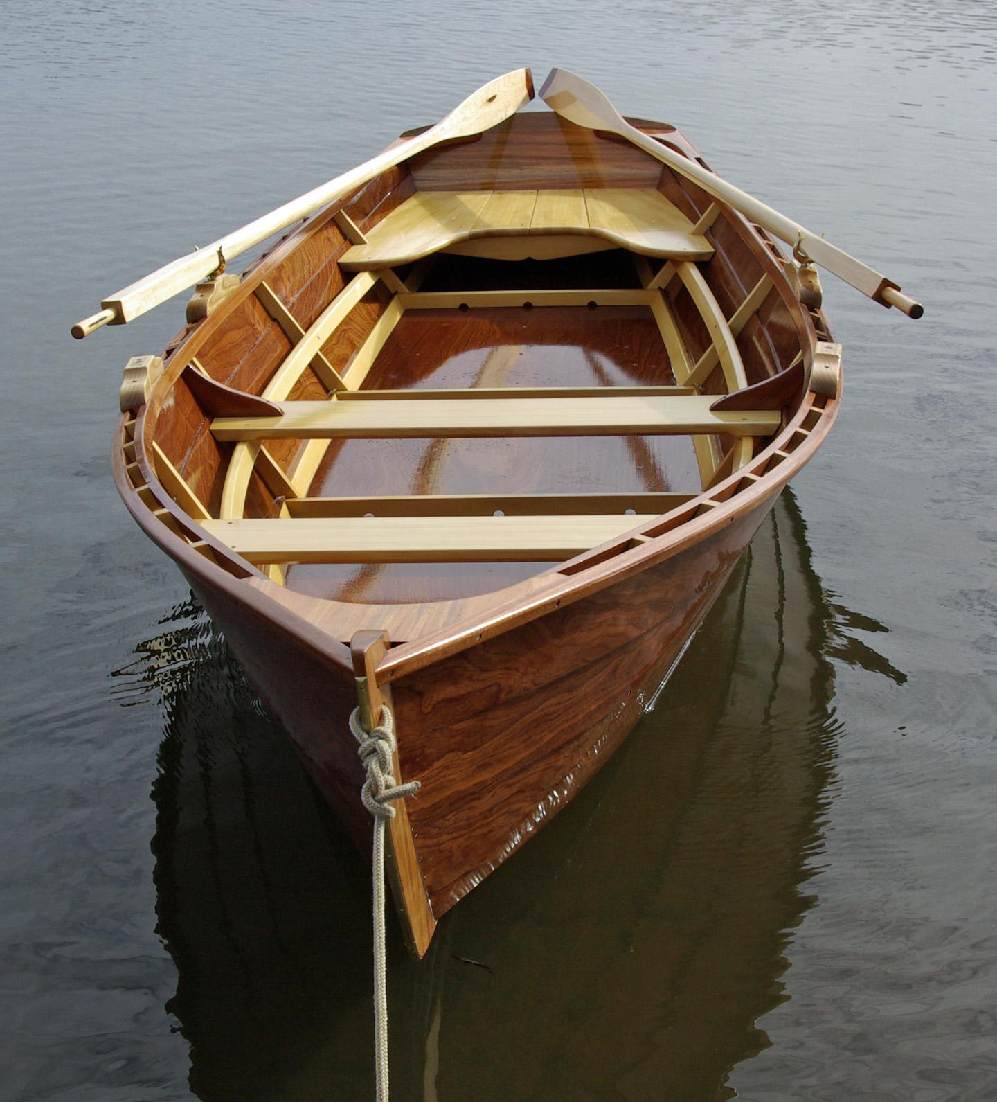 Дорка лодка