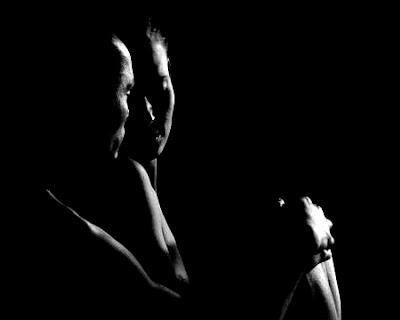 Resultado de imagen para imagenes sombras de amantes en la cama