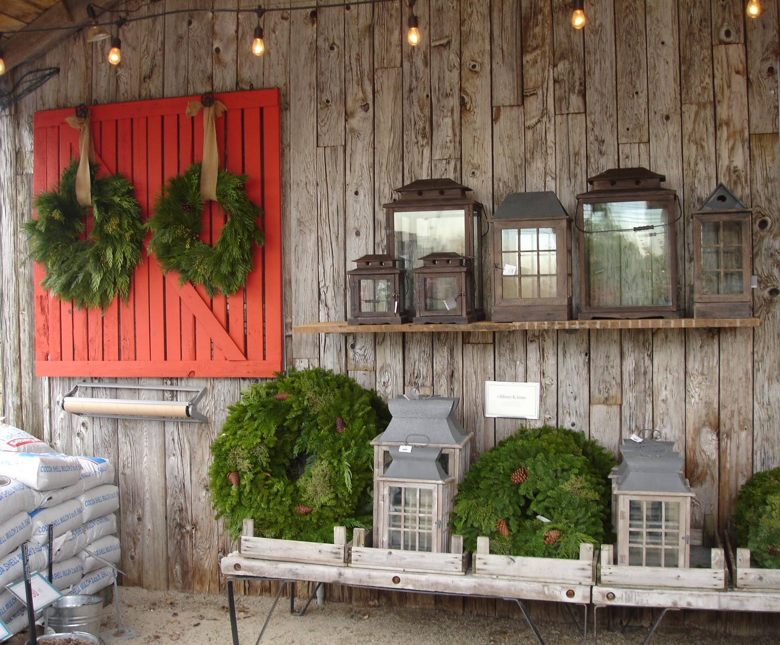 Loft & Cottage: Holiday Decorating Lessons From Terrain