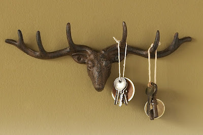 key rack shaped like a deer's head