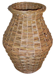 run shaped willow umbrella basket