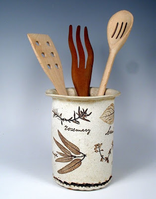 utensil holder with images of herbs