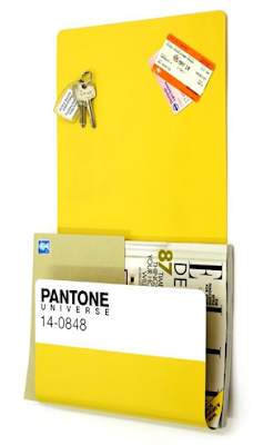 magnetic board with pocket, in Pantone colors