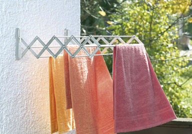 accordion-style wall-mounted drying rack