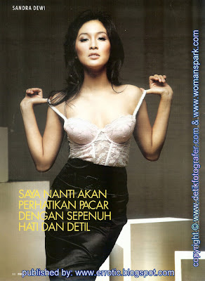 foto telanjang sandra dewi di majalah