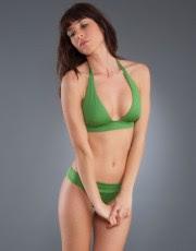 bikini verde mujer