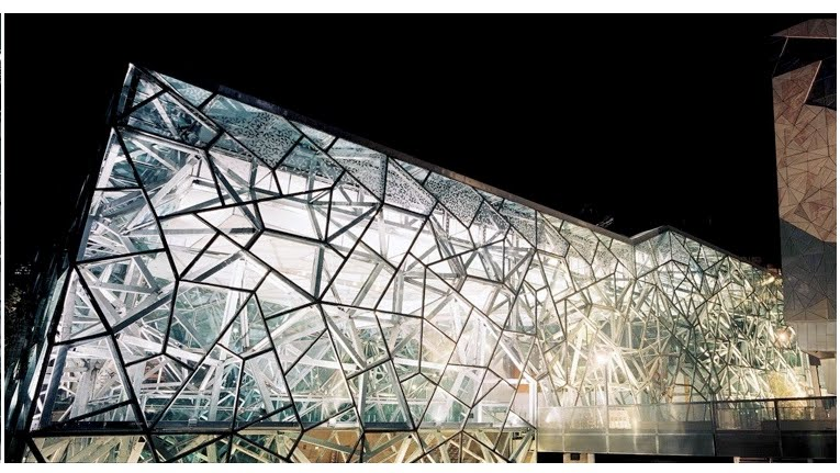 Southlight  From Fractal Geometry To Fractured Architecture  The Federation Square Of Melbourne
