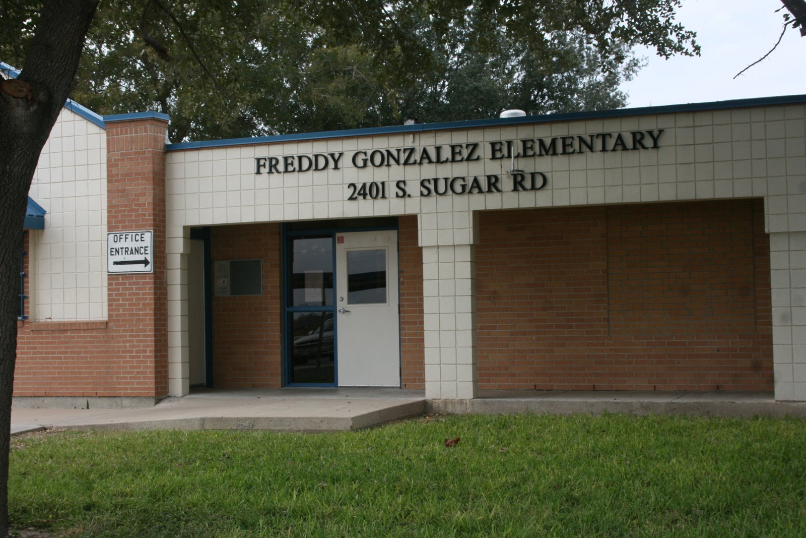 """CAPITOL BLOG: """"Career Day"""" at Freddy Gonzalez Elementary"""
