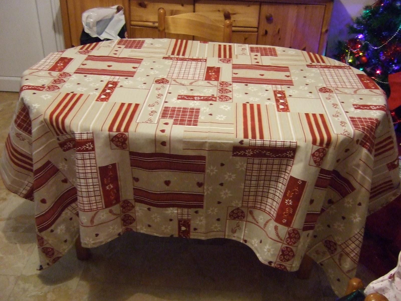 cadeaux noel pour monique. Black Bedroom Furniture Sets. Home Design Ideas