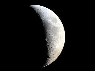 ¿Qué se encontraron realmente los astronautas en La Luna?