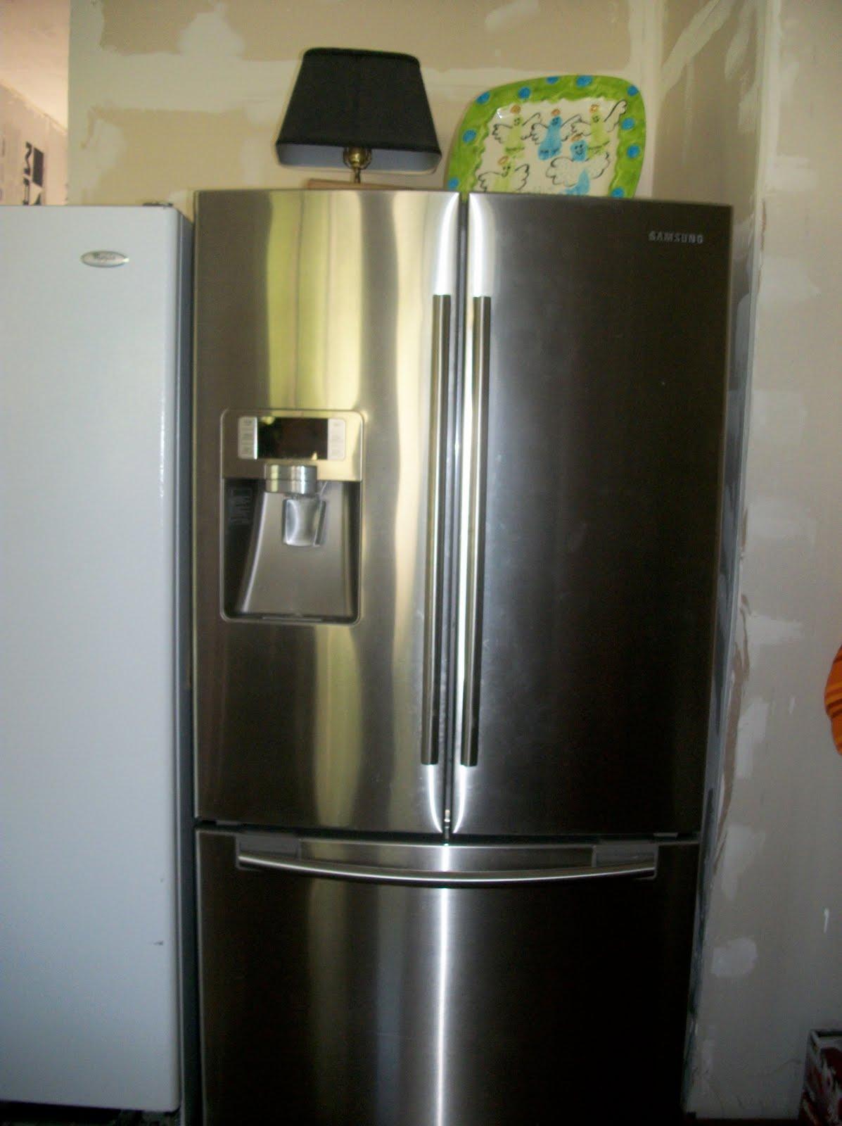 The Seagraves 7 Broken Refrigerator Round 2