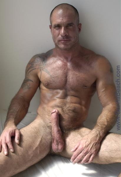 gay muscle dad hot