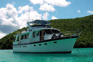 Charter motoryacht Shining Star in the Virgin Islands with Paradise Connections Yacht Charters